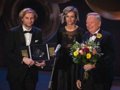 Pavel Smutný předává ceny Classic Prague Awards