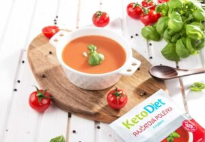 Keto dieta – Proteinová polévka s nudlemi – KetoDiet.cz